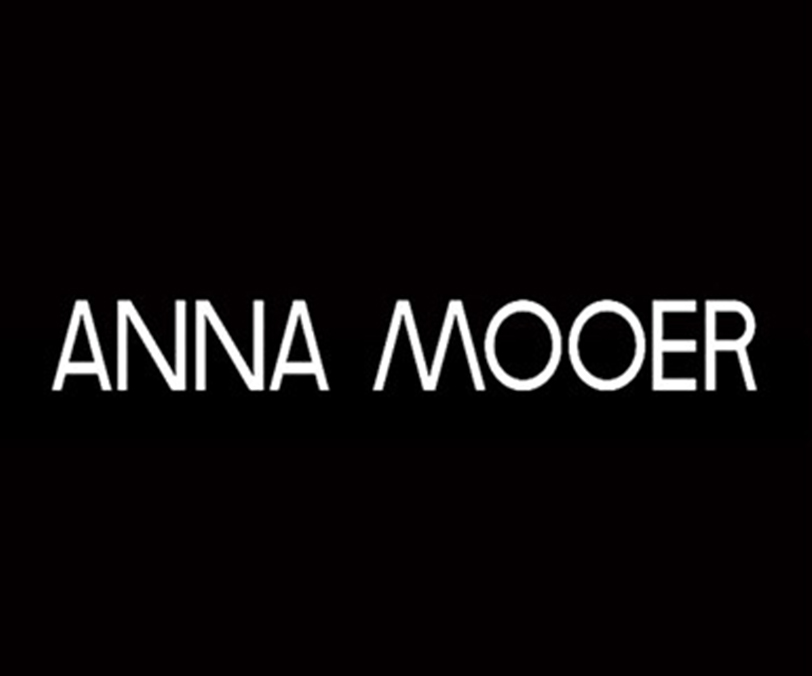 ANNA MOOER